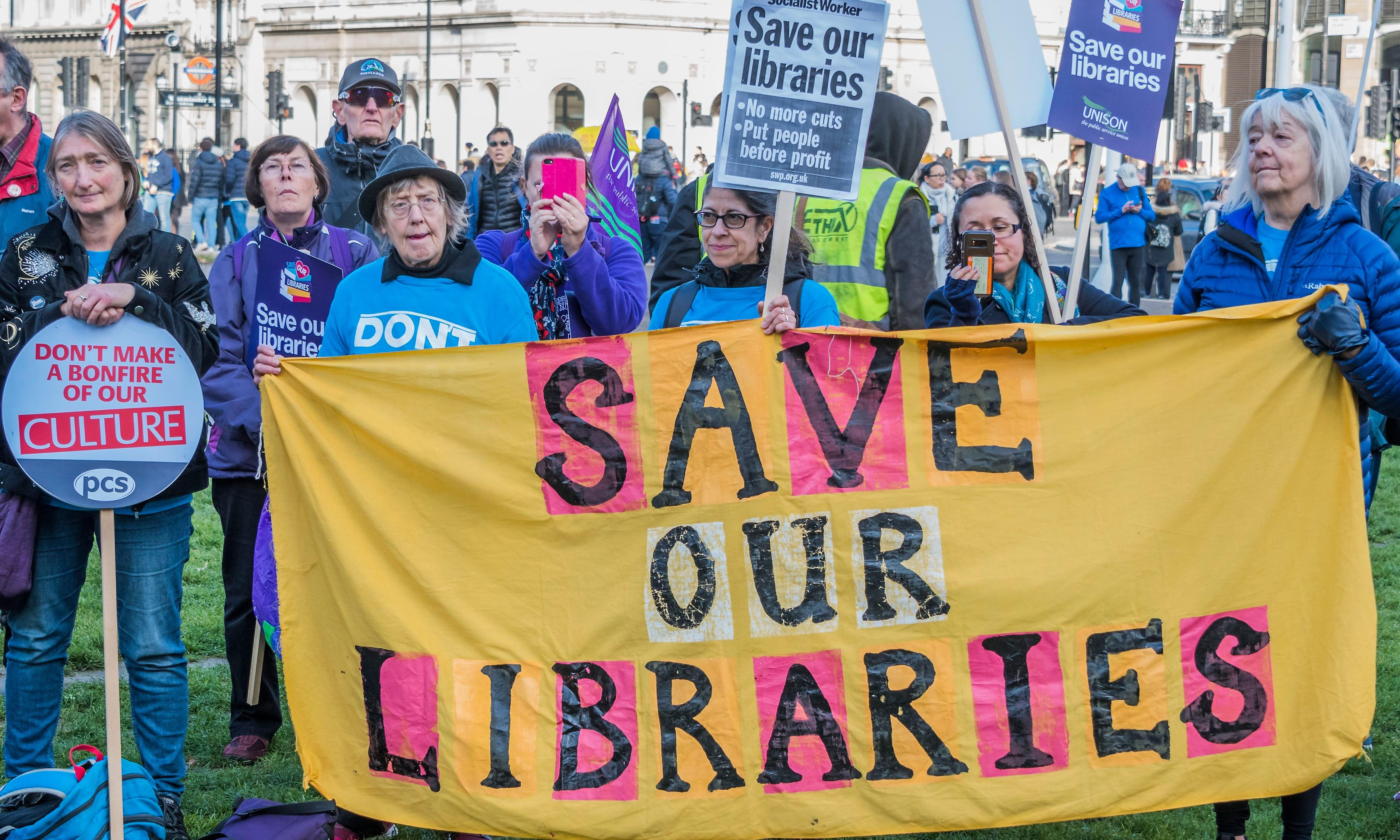 'Hugely disappointing' government response to libraries petition