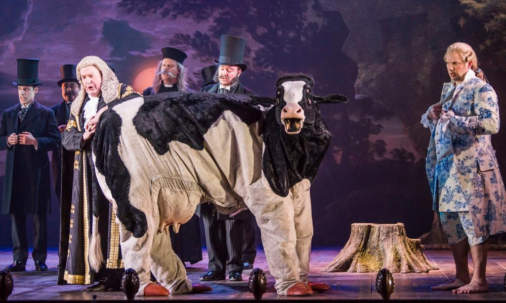 Moo … Andrew Shore and Marcus Farnsworth as Strephon.