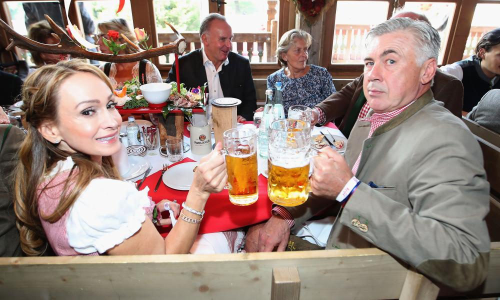 Bayern Munich's head coach Carlo Ancelotti and his wife were present for Bayern Munich's traditional visit to Oktoberfest.