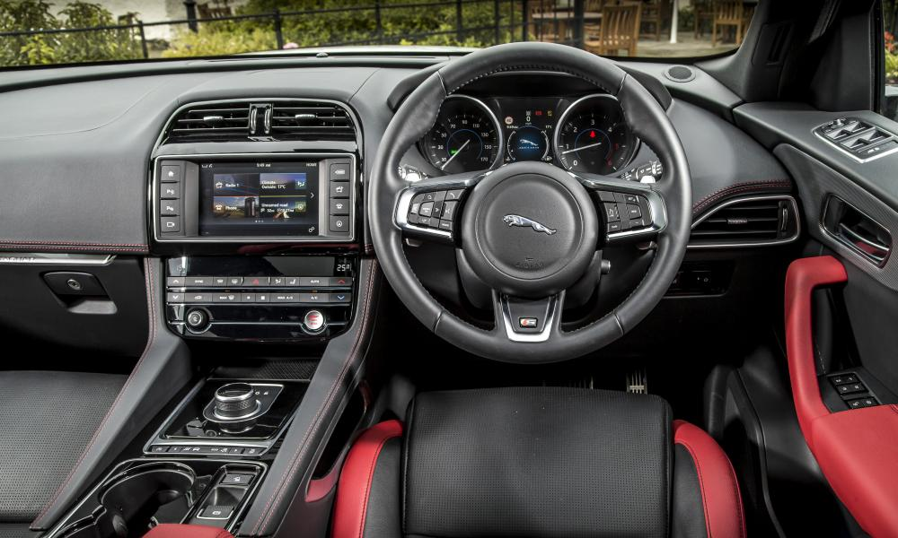 Racing heritage: the interior of the sport-oriented Jaguar F-Pace S