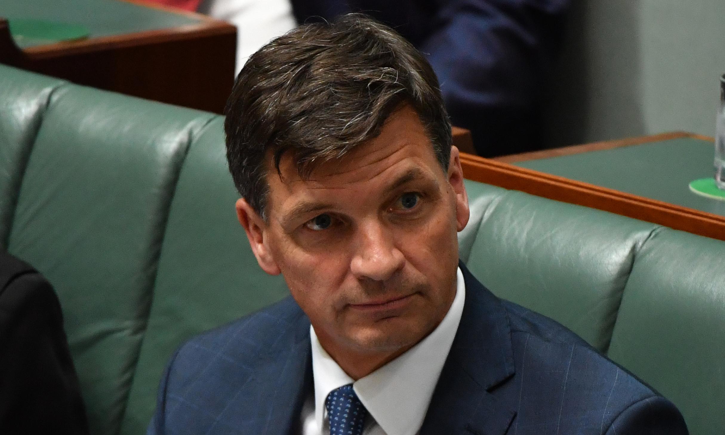 Senators call for Angus Taylor inquiry over 'clear breaches' in grasslands saga