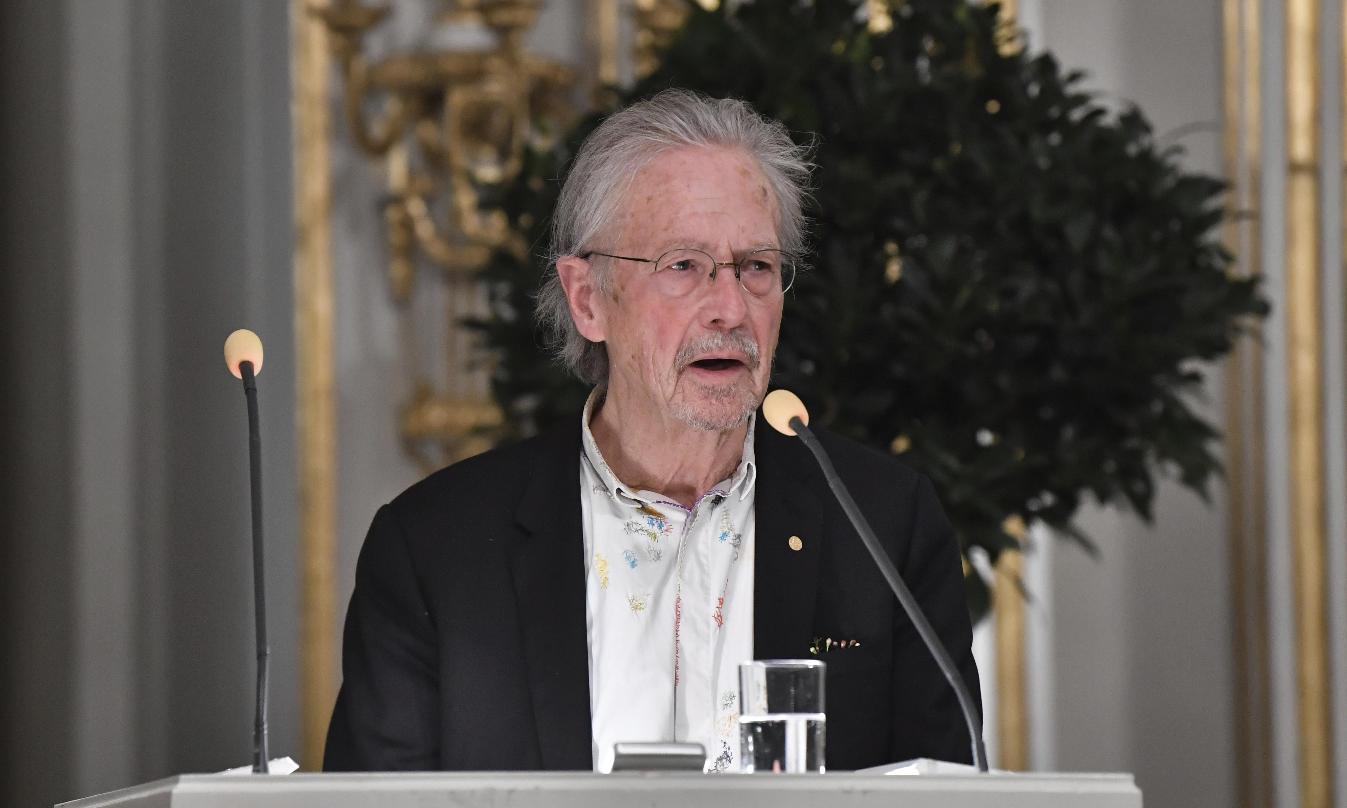 Nobel winner Peter Handke avoids genocide controversy in speech