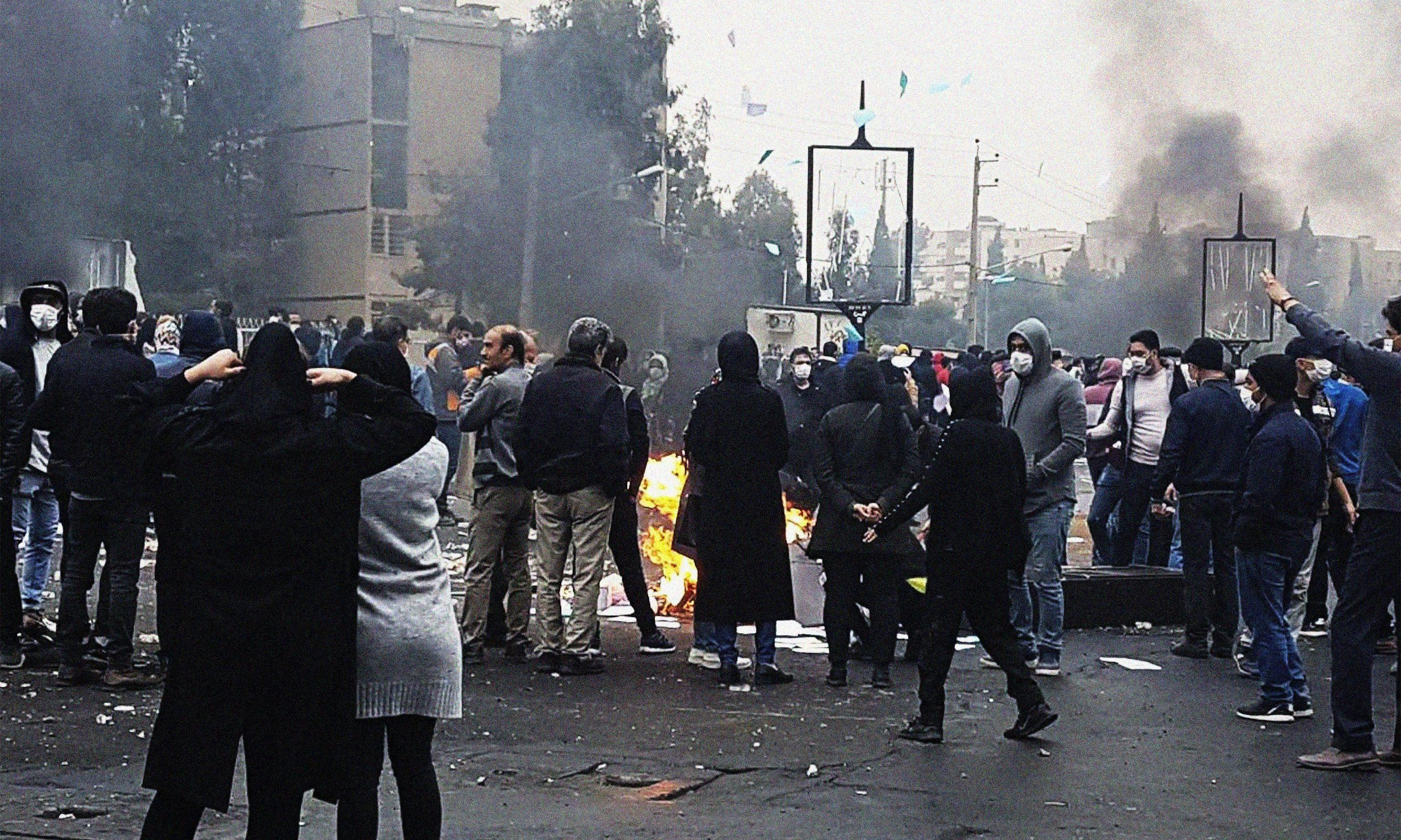 Iran begins payments to 60 million as petrol price protests continue