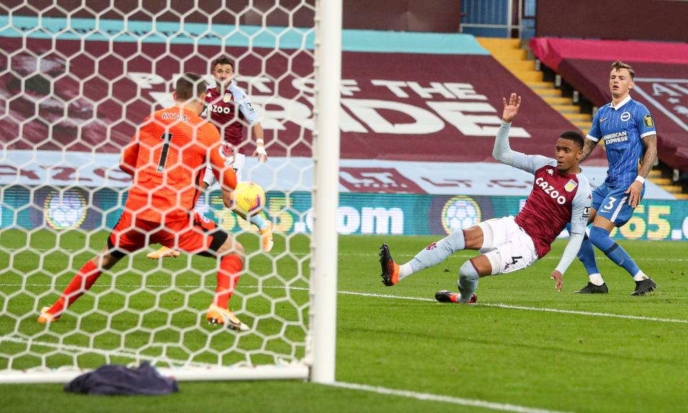Ezri Konsa scores Aston Villa's equaliser.