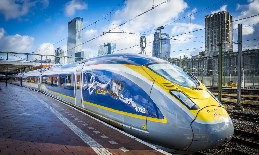 Eurostar train arrives at Rotterdam Central Station.