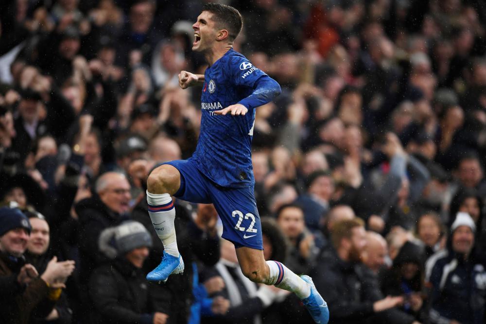 Chelsea's Christian Pulisic celebrates scoring their second goal.