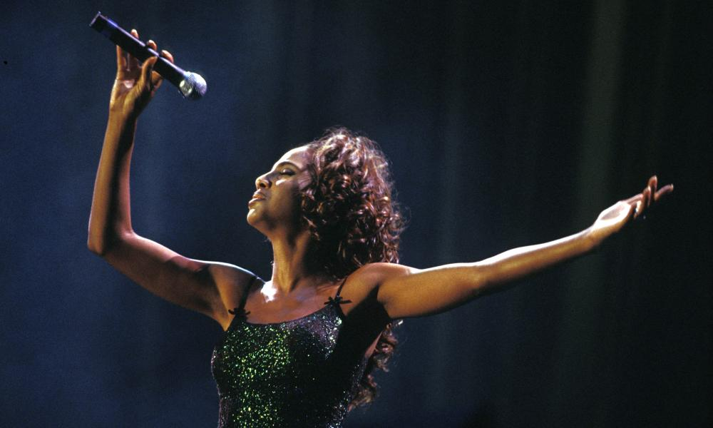 Dram queen: Toni Braxton performs in 2001.