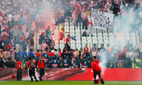 Uefa To Act After Croatia Fan Fights And Flares Mar Czech Republic