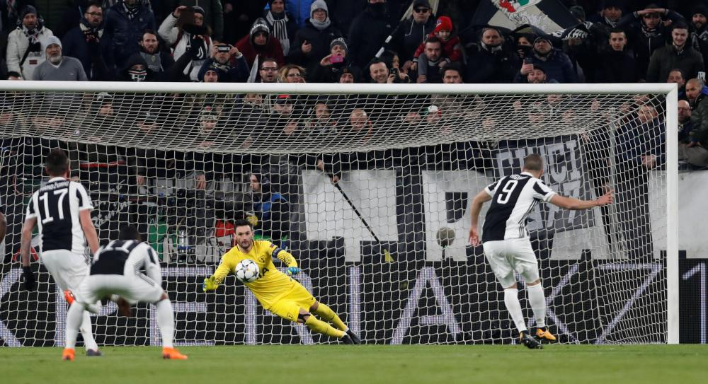 Higuain scores from the spot.