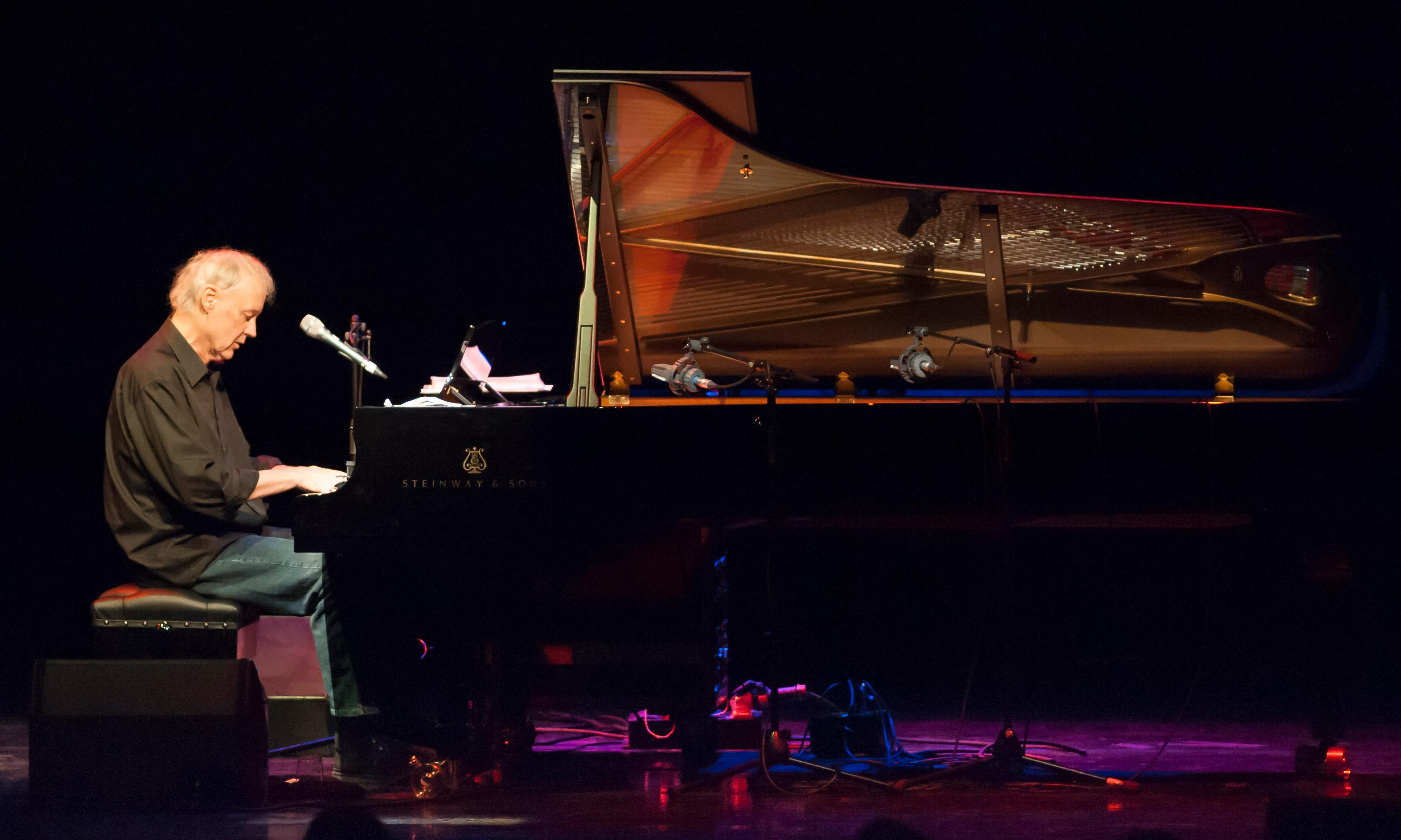 Bruce Hornsby review – intense and exhilarating