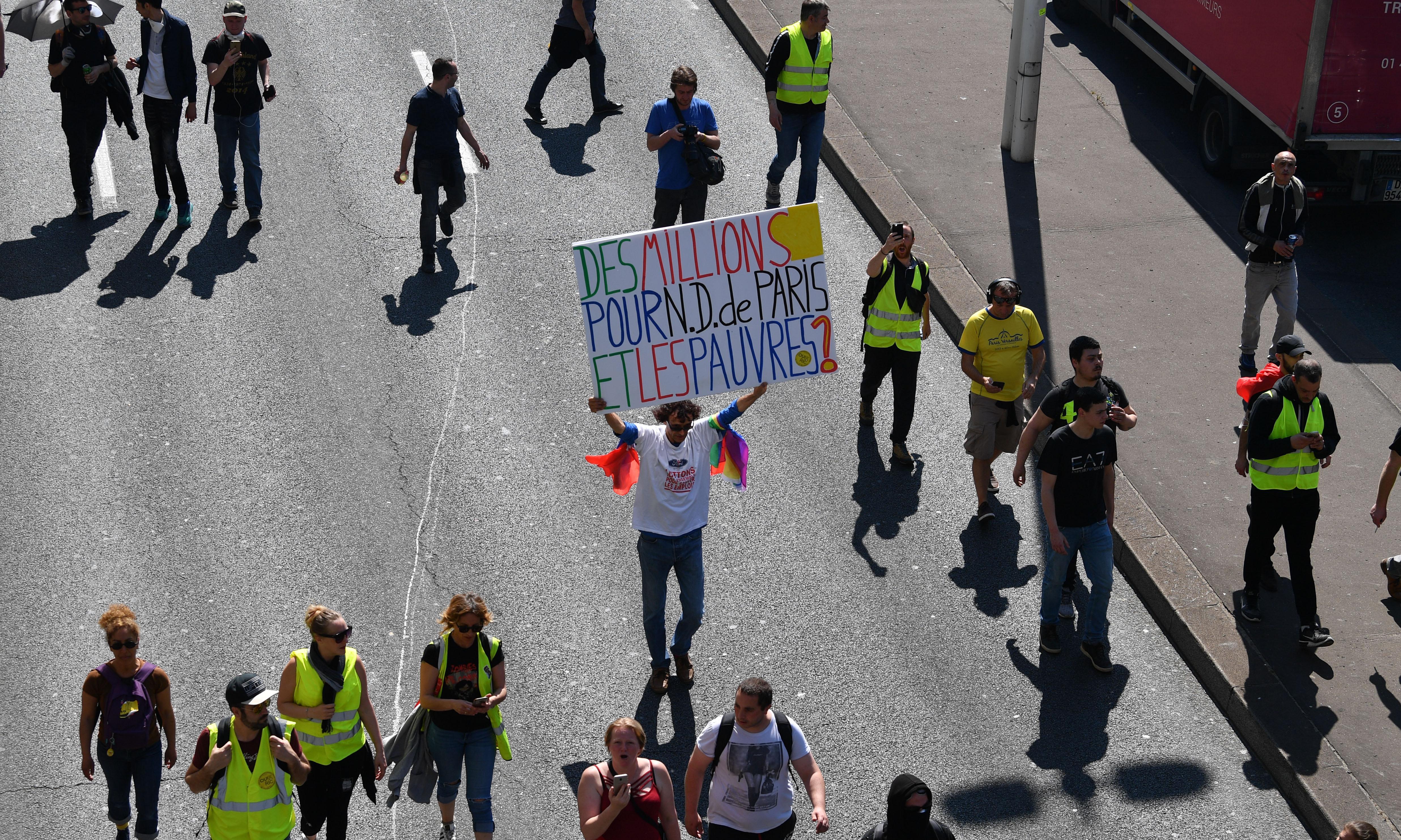 Notre Dame €1bn fund pits Paris against provinces