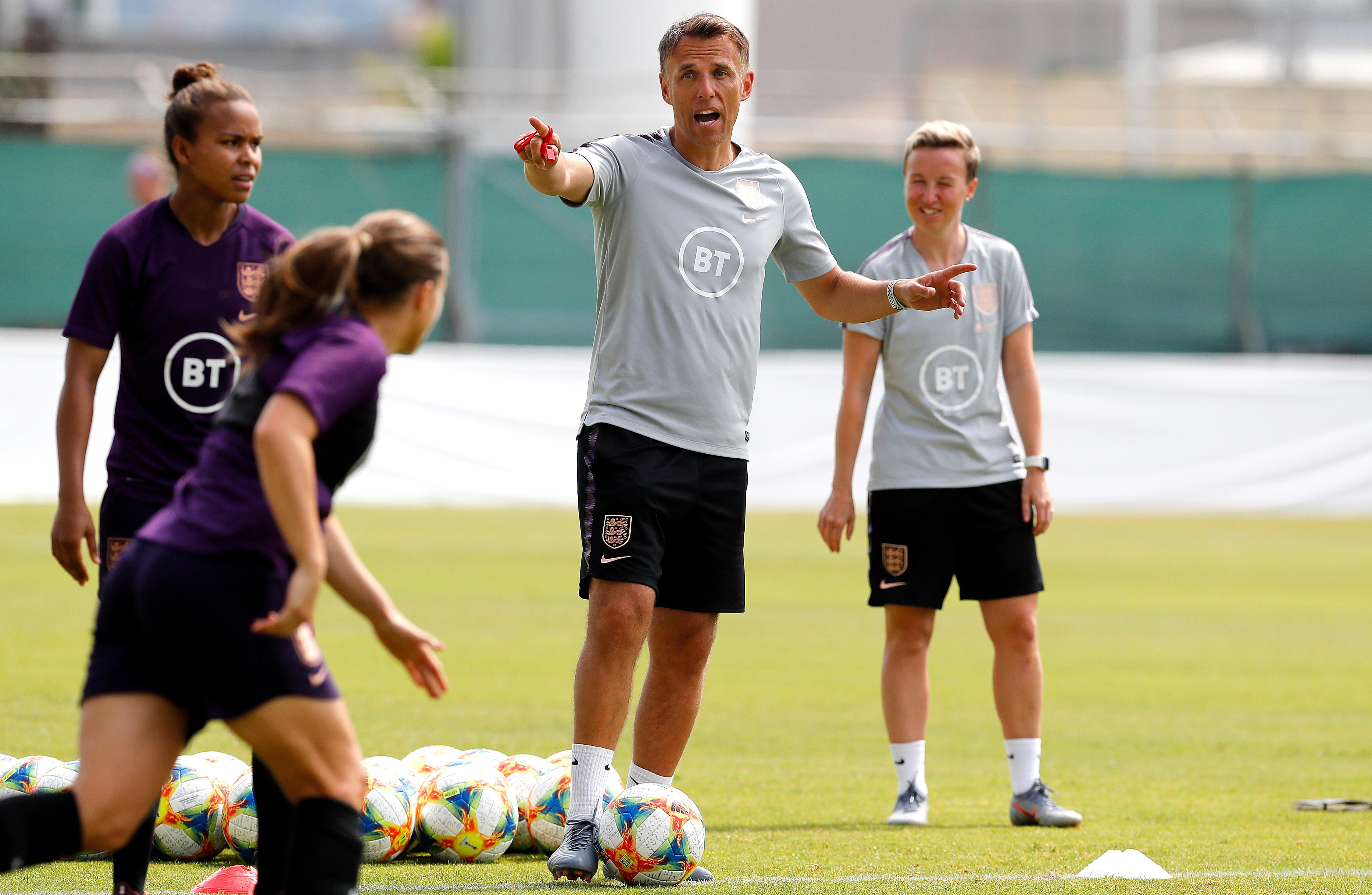 Phil Neville will not rest England players against Japan in World Cup