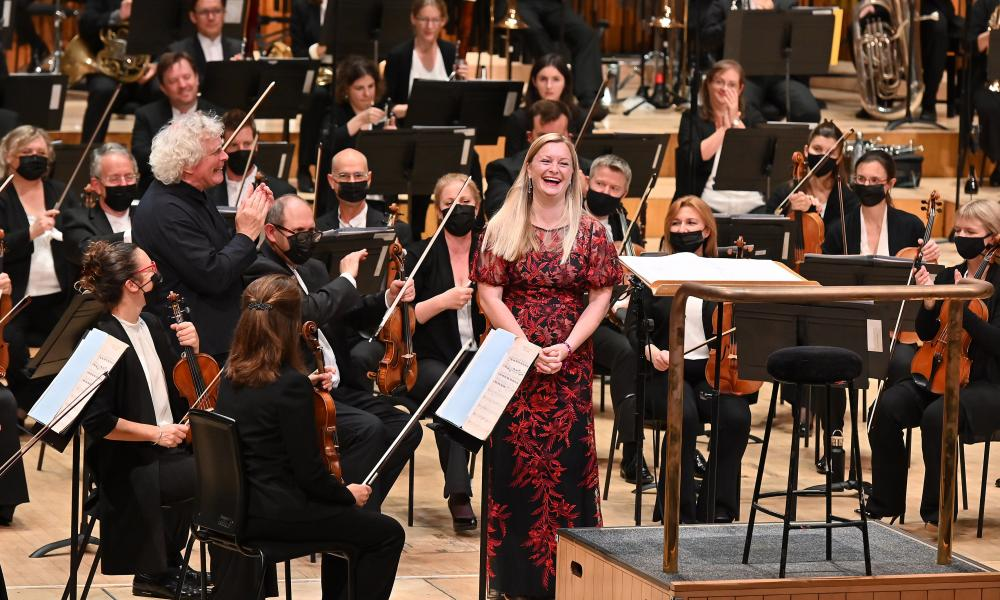 Lucy Crowe with Simon Rattle and the LSO