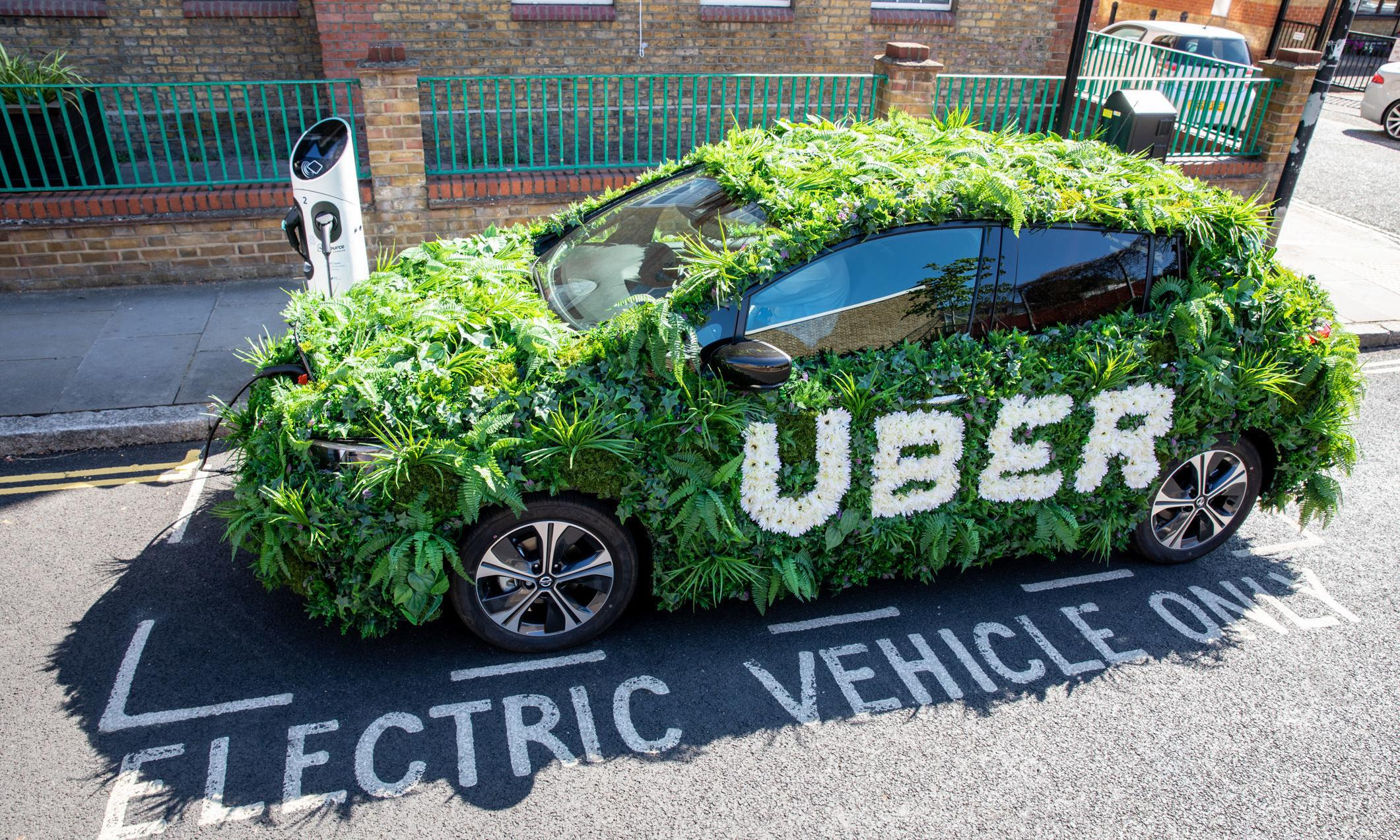 Uber to introduce clean air fee to all London rides