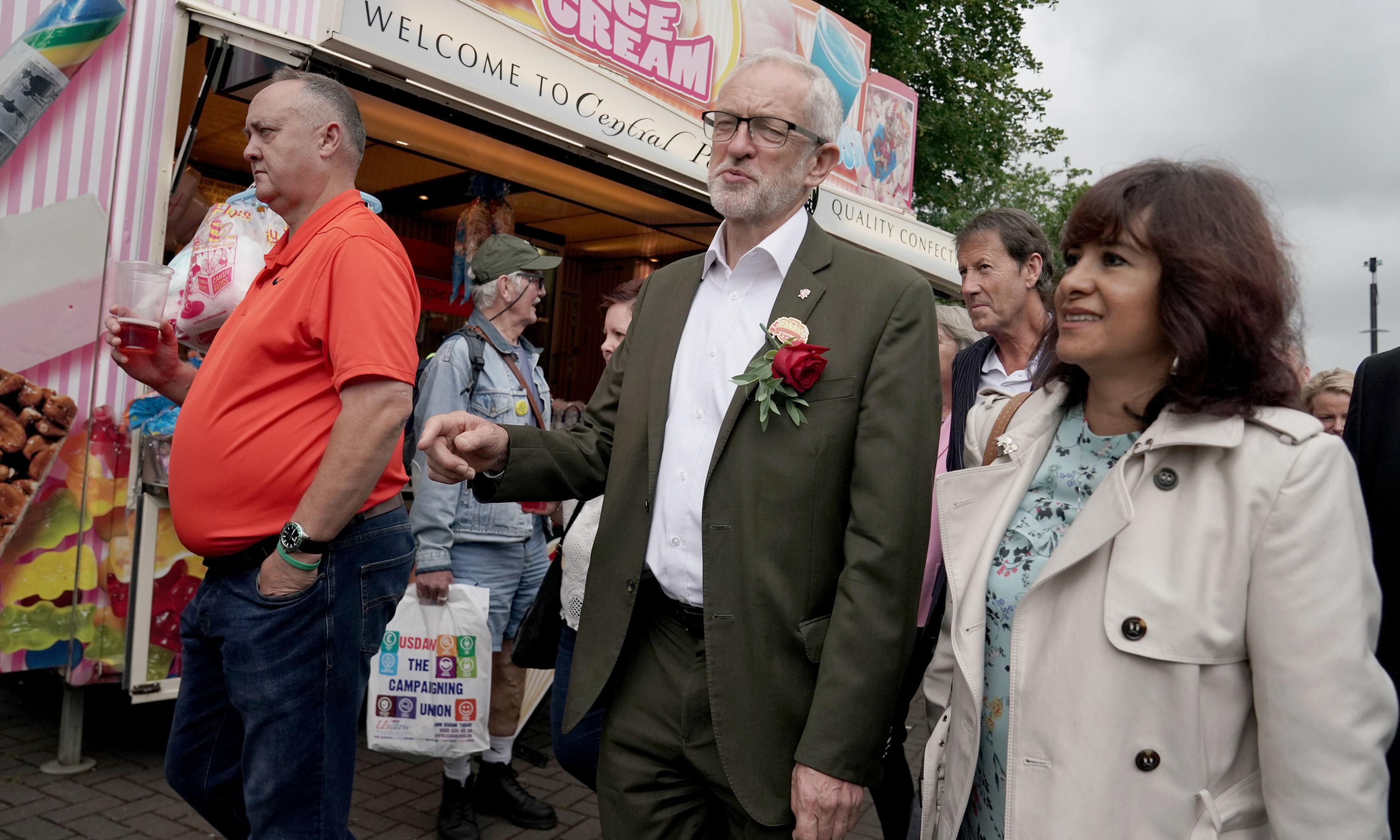 Whistleblowers to sue Labour as antisemitism row deepens