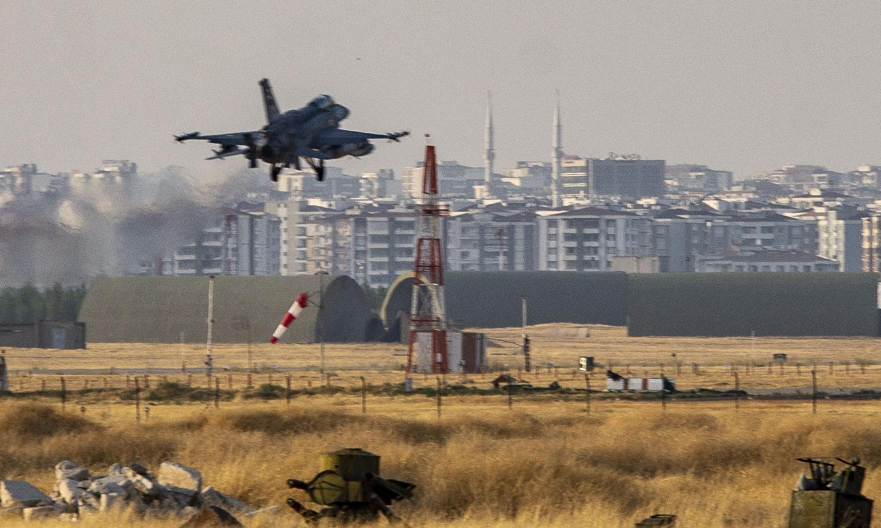 Turkey plans to speed up fighter jet project with Britain