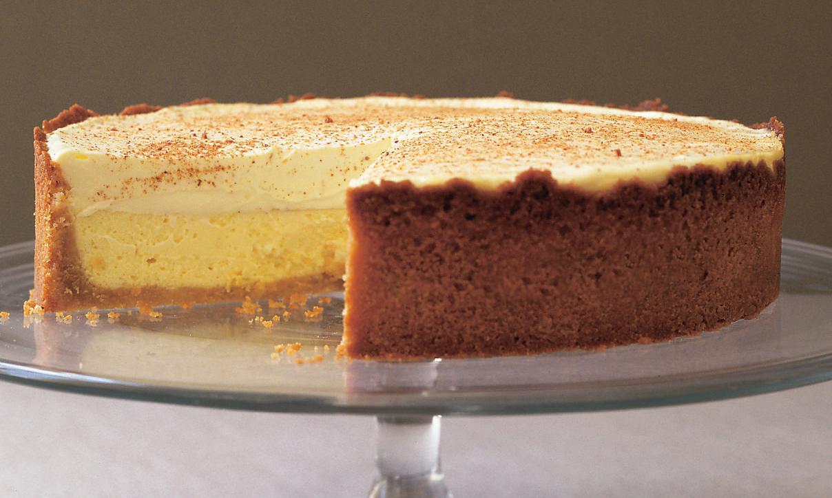 Margaret Fulton's sour cream cheesecake recipe