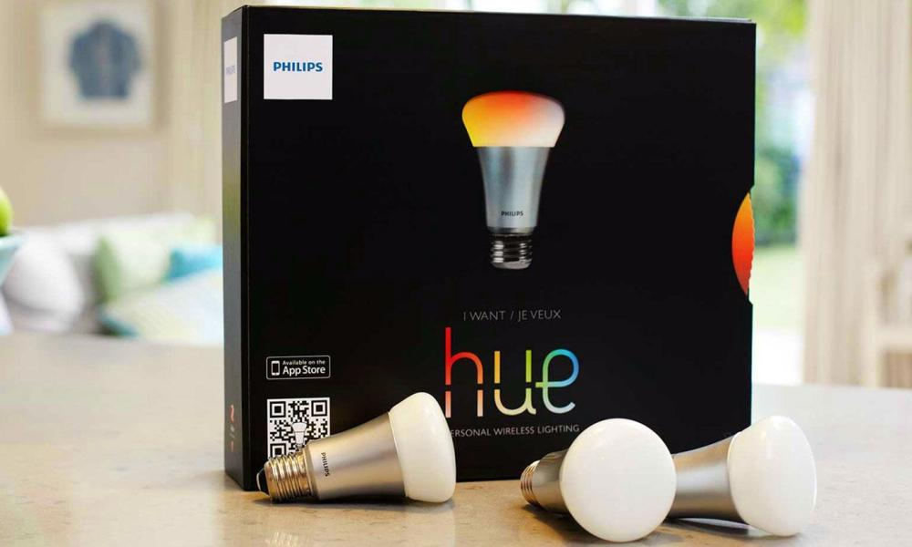 Philips Hue smart lightbulb kit