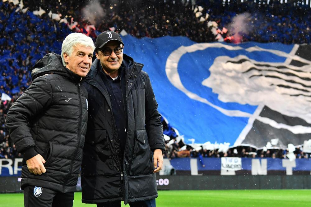 Gian Piero Gasperini, left, had a wage bill an eighth of Maurizio Sarri's Juventus.
