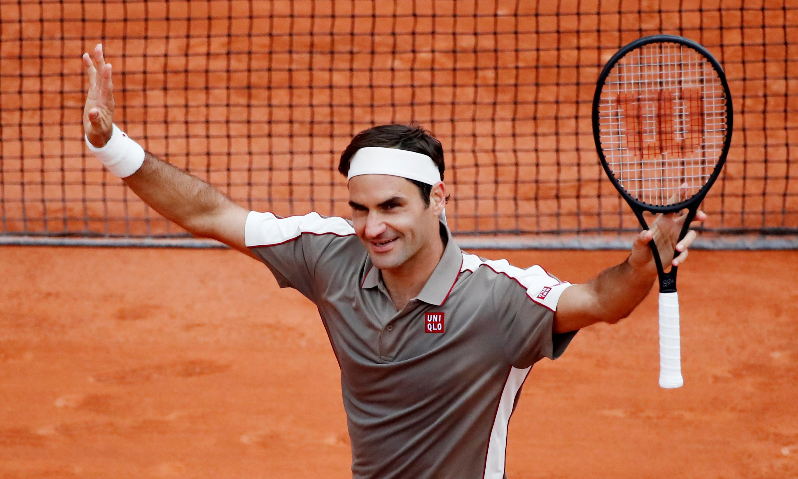 Roger Federer makes winning return to French Open after four years away