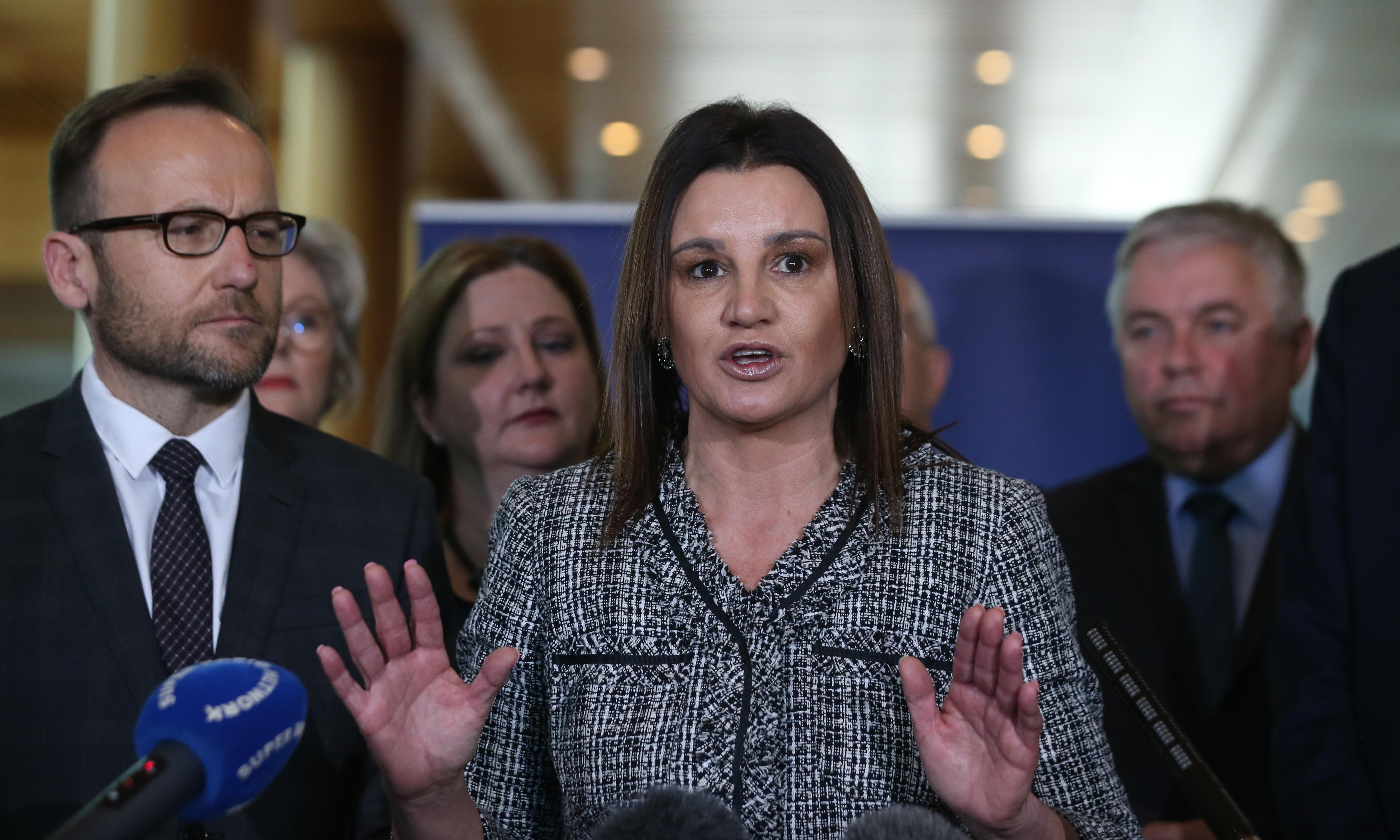 Medevac repeal bill: Jacqui Lambie warns Coalition against fast-tracking vote