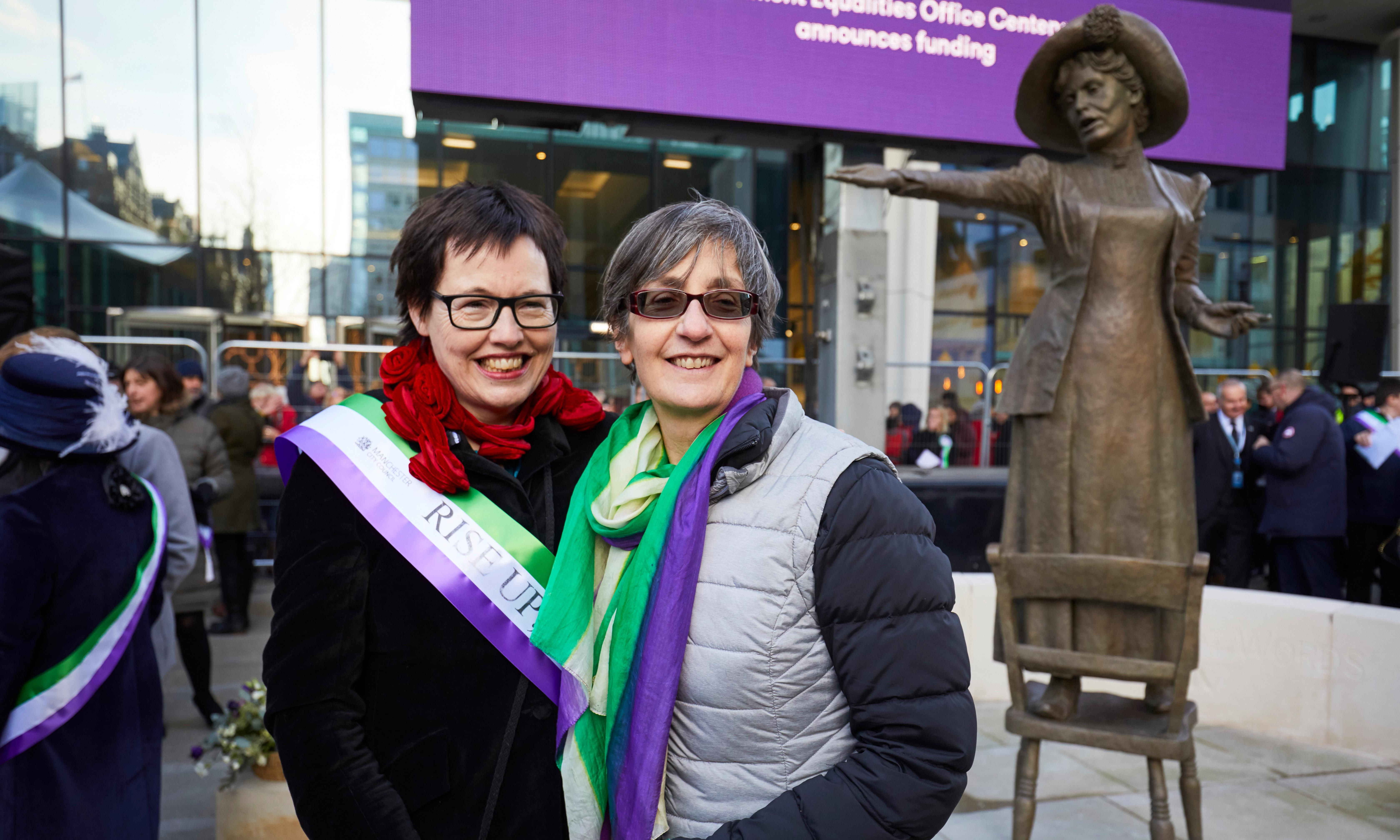 Thousands welcome Emmeline Pankhurst statue in Manchester