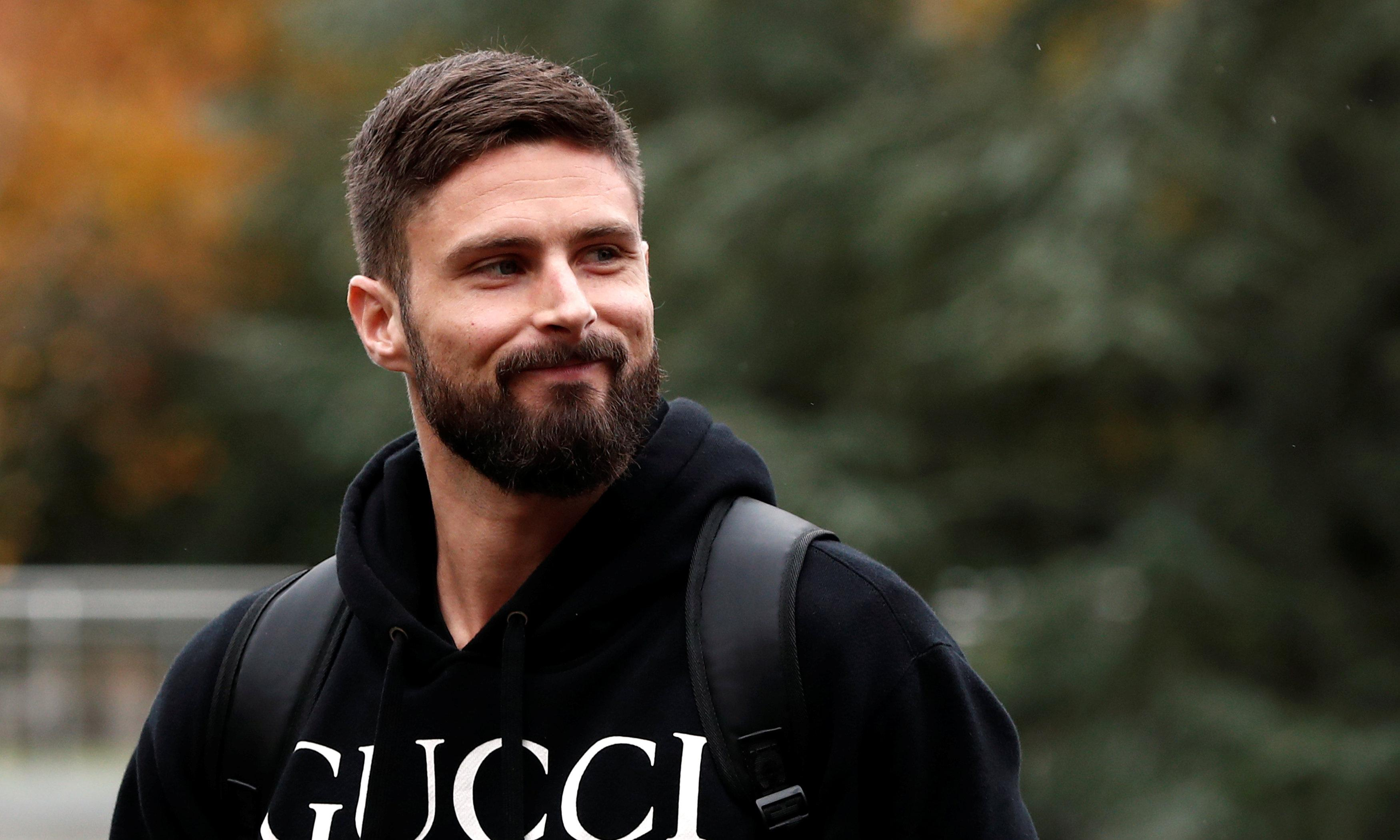 Olivier Giroud says it is 'impossible' to show homosexuality in football