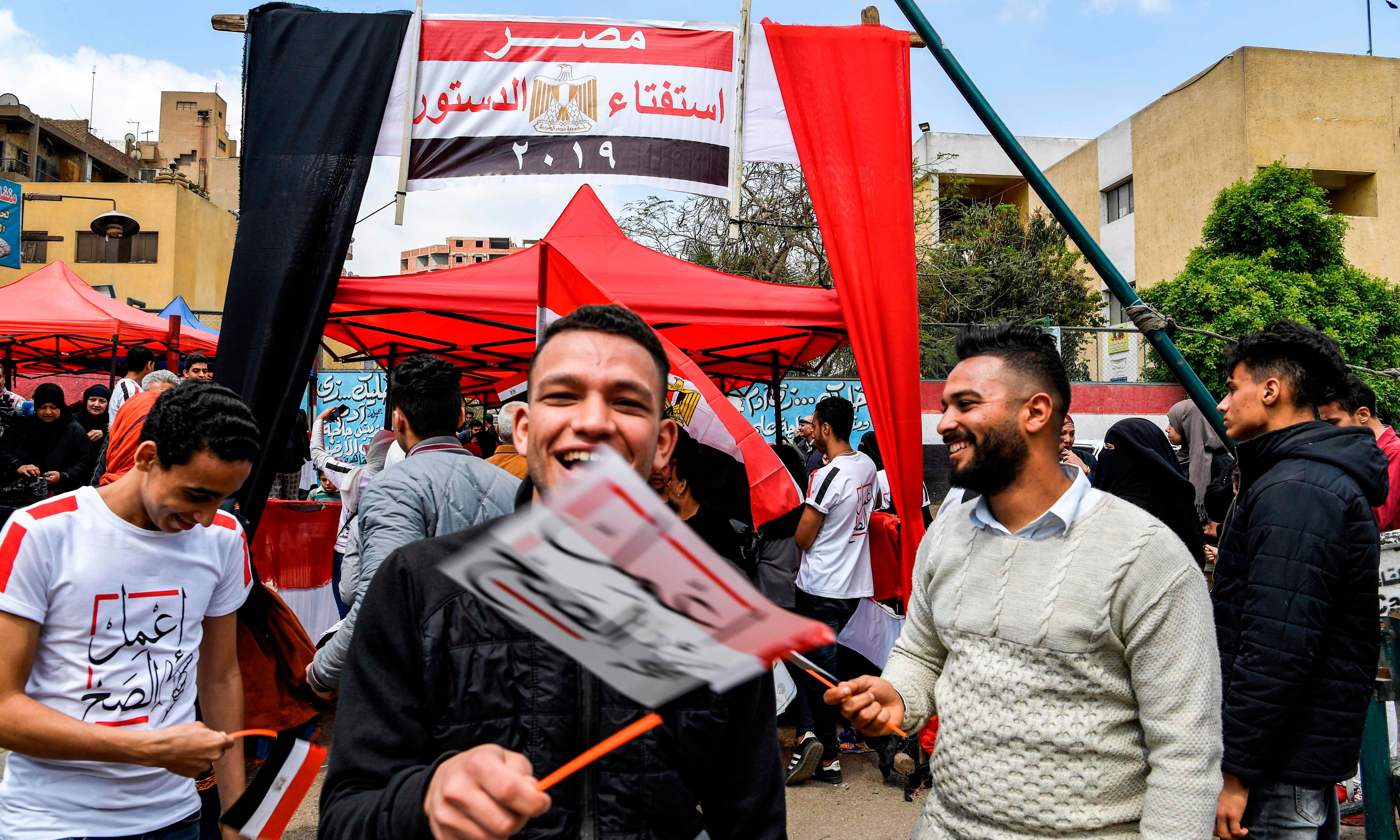 Sisi wins snap Egyptian referendum amid vote-buying claims