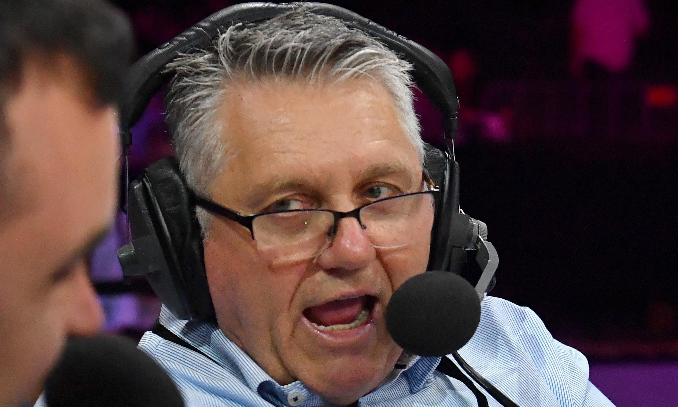 Nine says it won't change 2GB lineup of Alan Jones and Ray Hadley in $114m bid for Macquarie Media