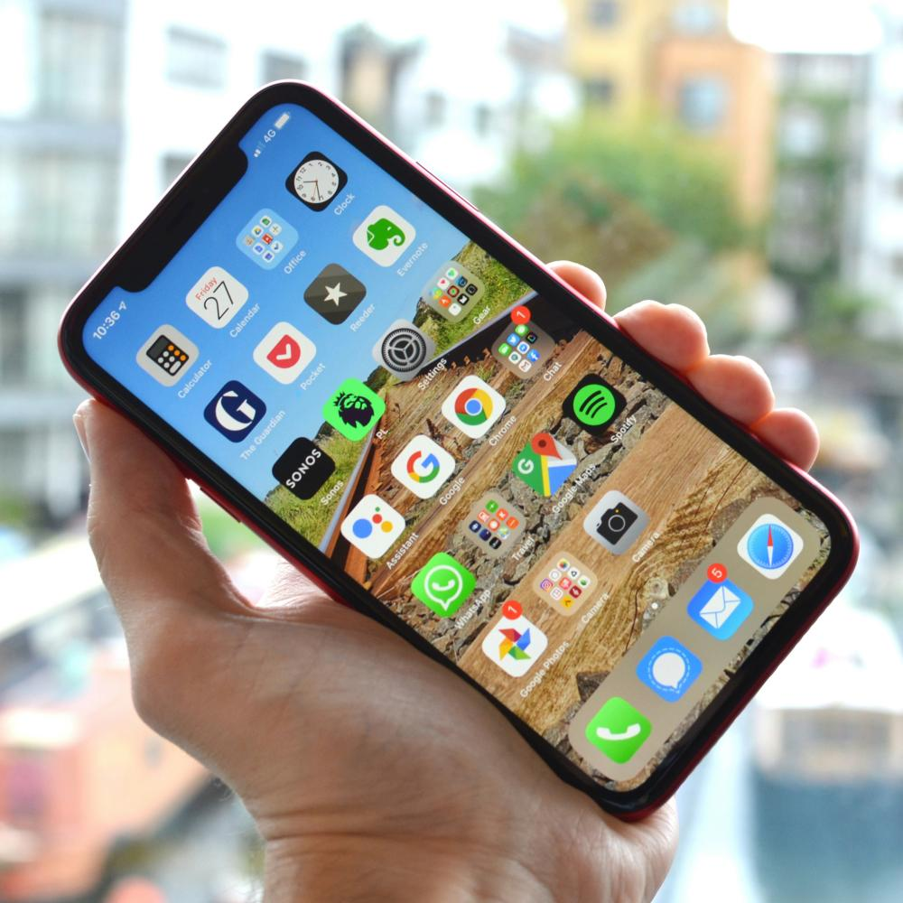 smartphone buyer's guide - iPhone 11
