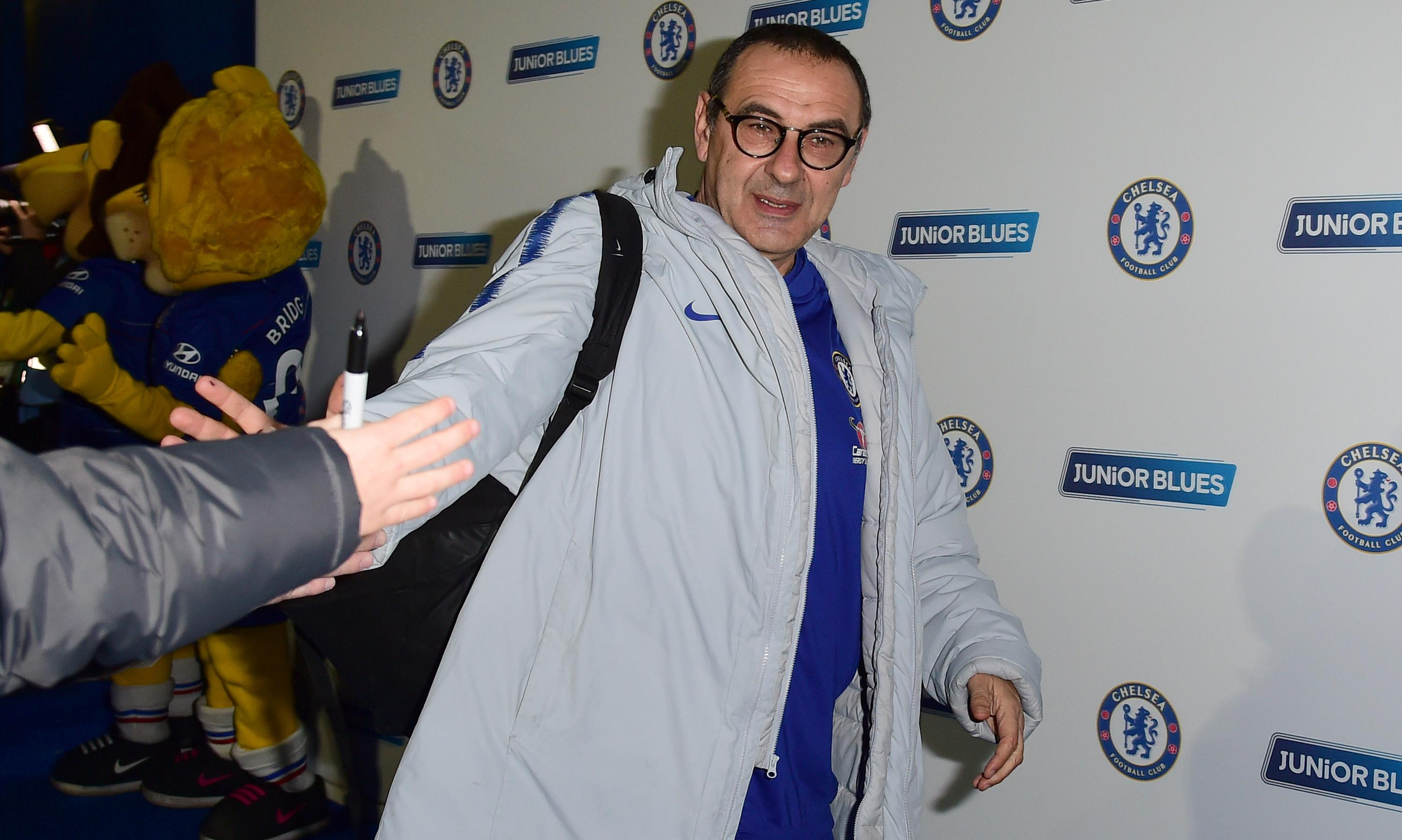 Chelsea stick with Maurizio Sarri for now but manager on thin ice