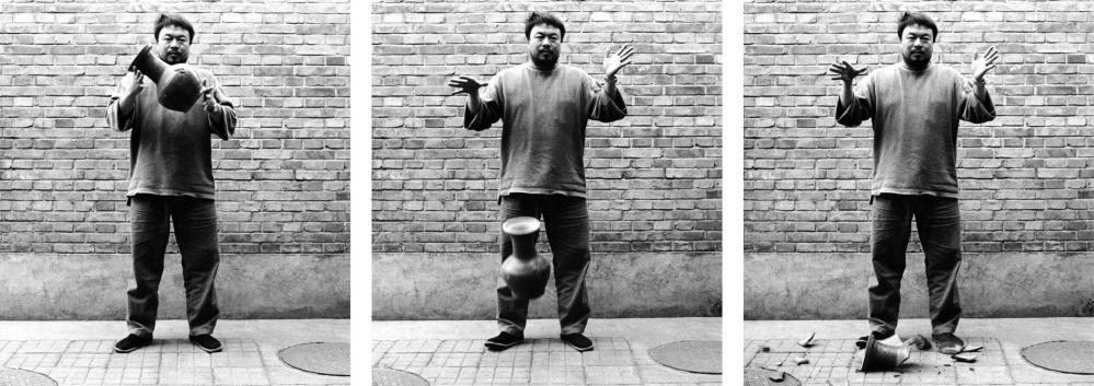 Ai Weiwei's artwork Dropping a Han Dynasty Urn, 1995.
