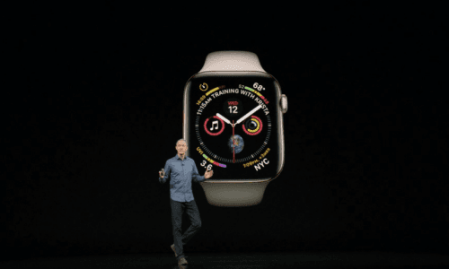 Jeff Williams announces the new Apple Watch.