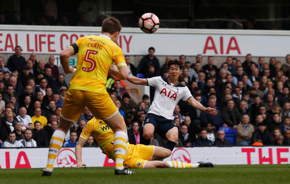 Son scores the second for Spurs.