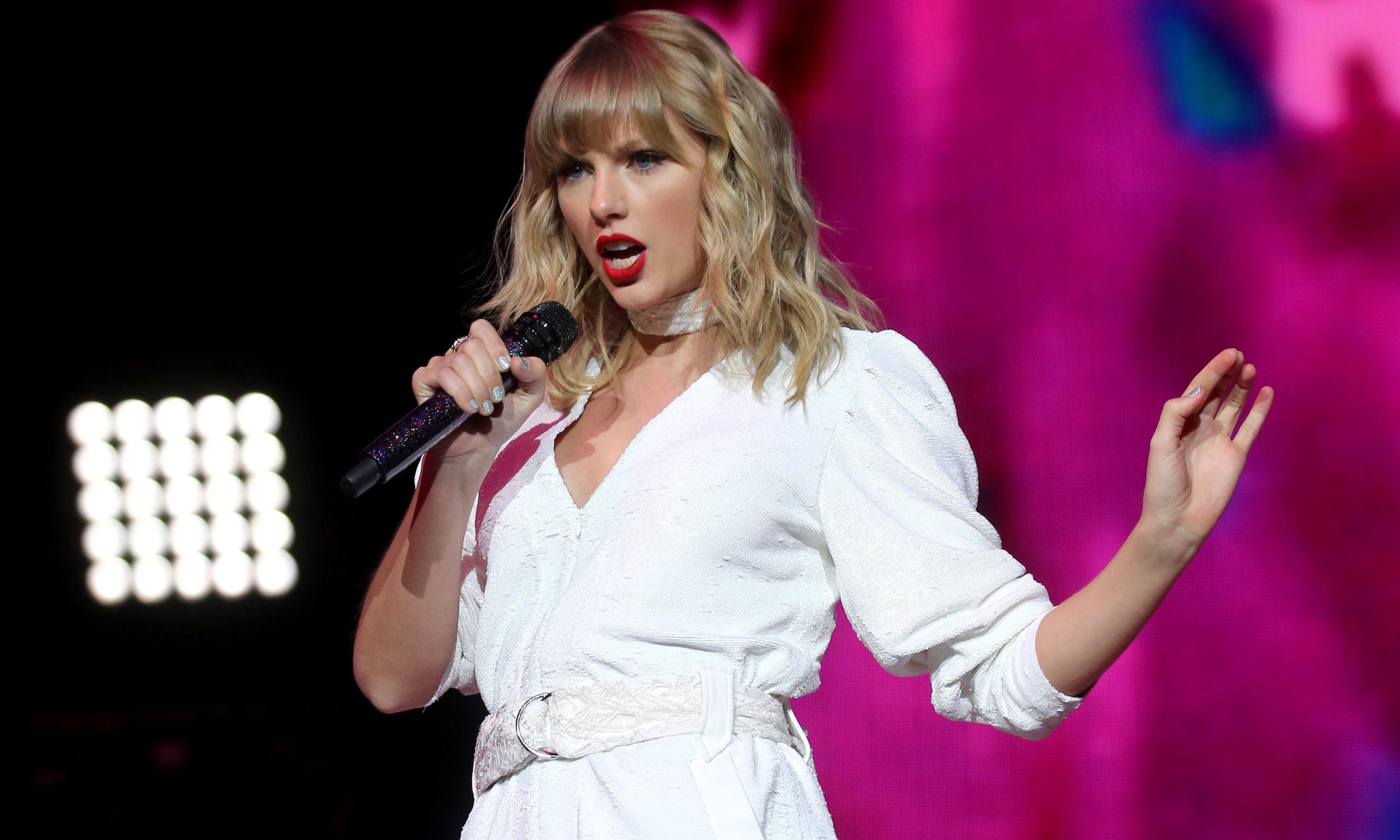 Shake it off! Taylor Swift label Universal Music plans stock market flotation
