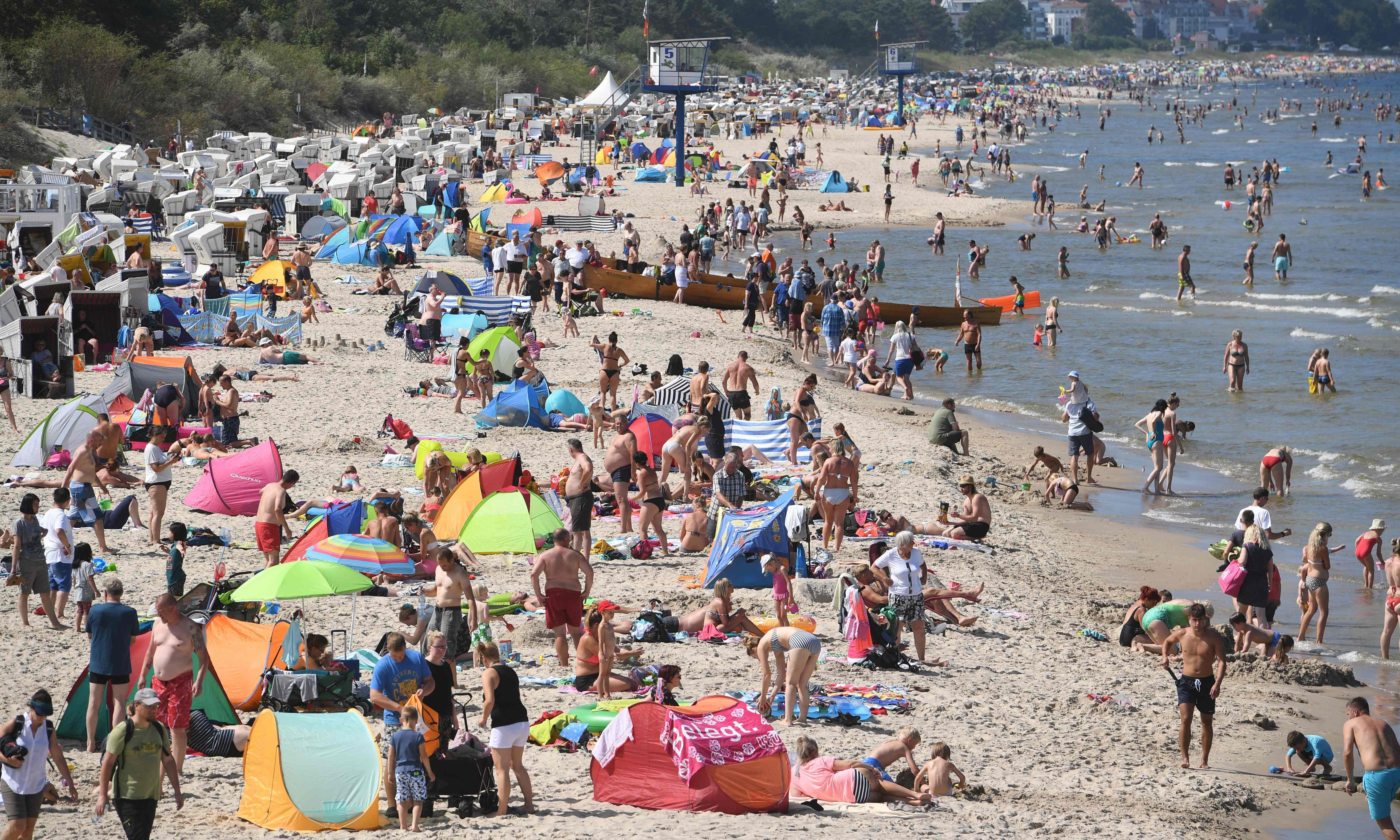 German summer holiday row exposes north-south divide