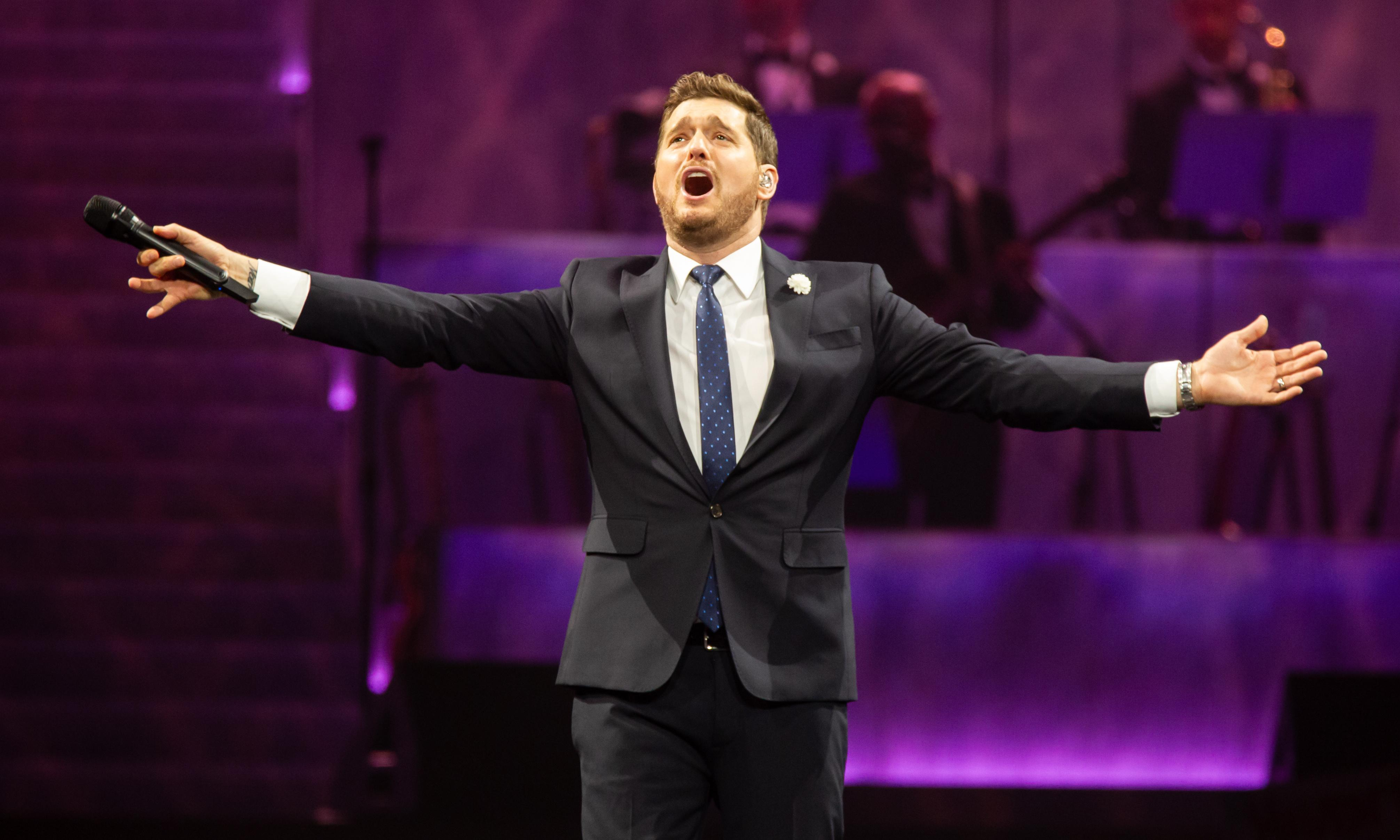 Michael Bublé review – moving, hard-won hits from cheeky crooner
