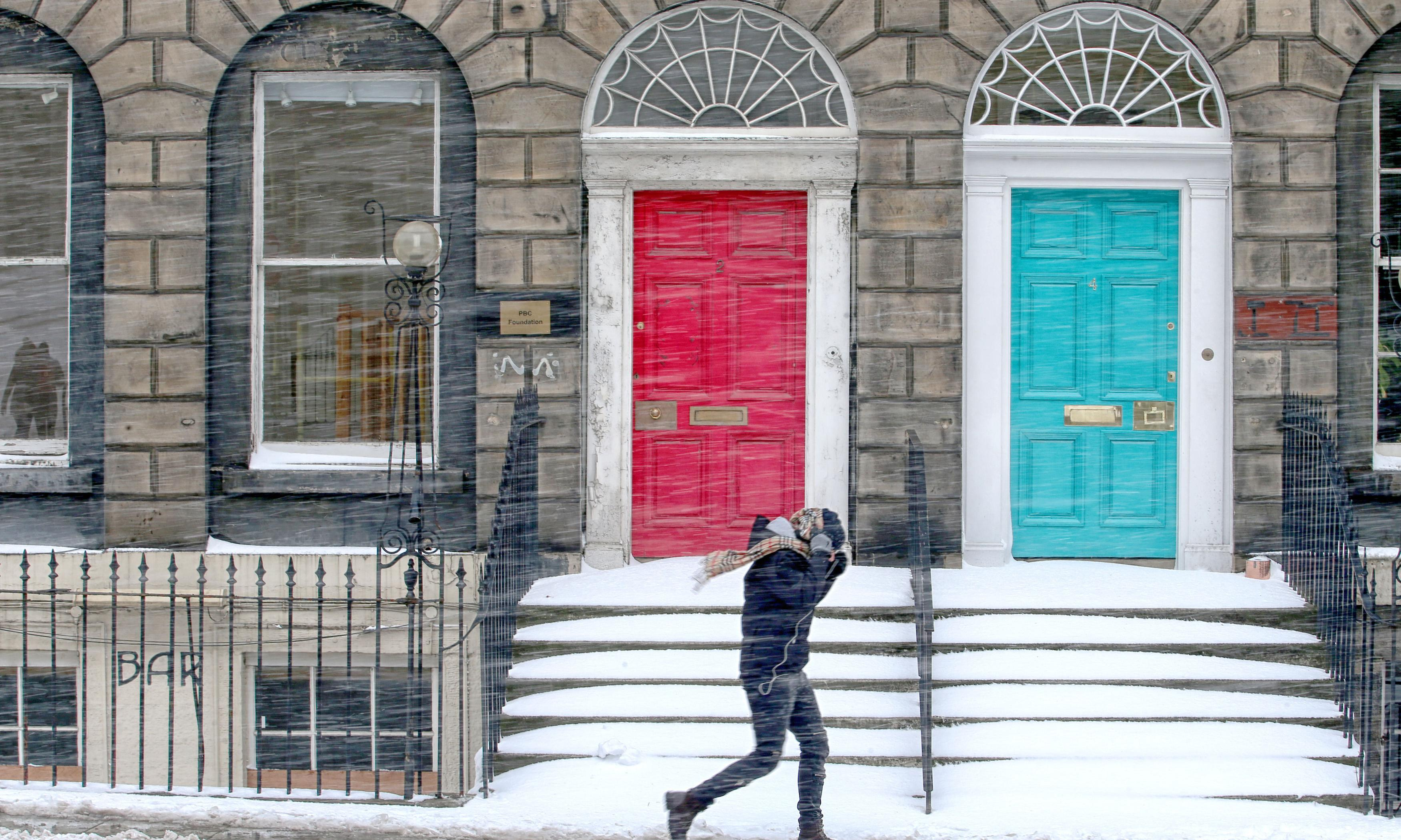 Spring selling season stalls, as the housing market starts to feel the chill