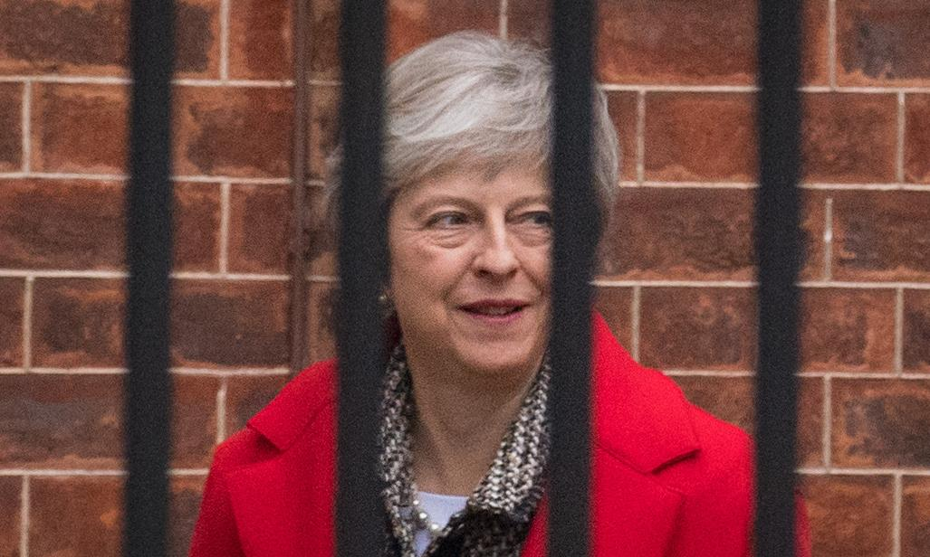 Rebel Tory MPs press for vote of no confidence in Theresa May