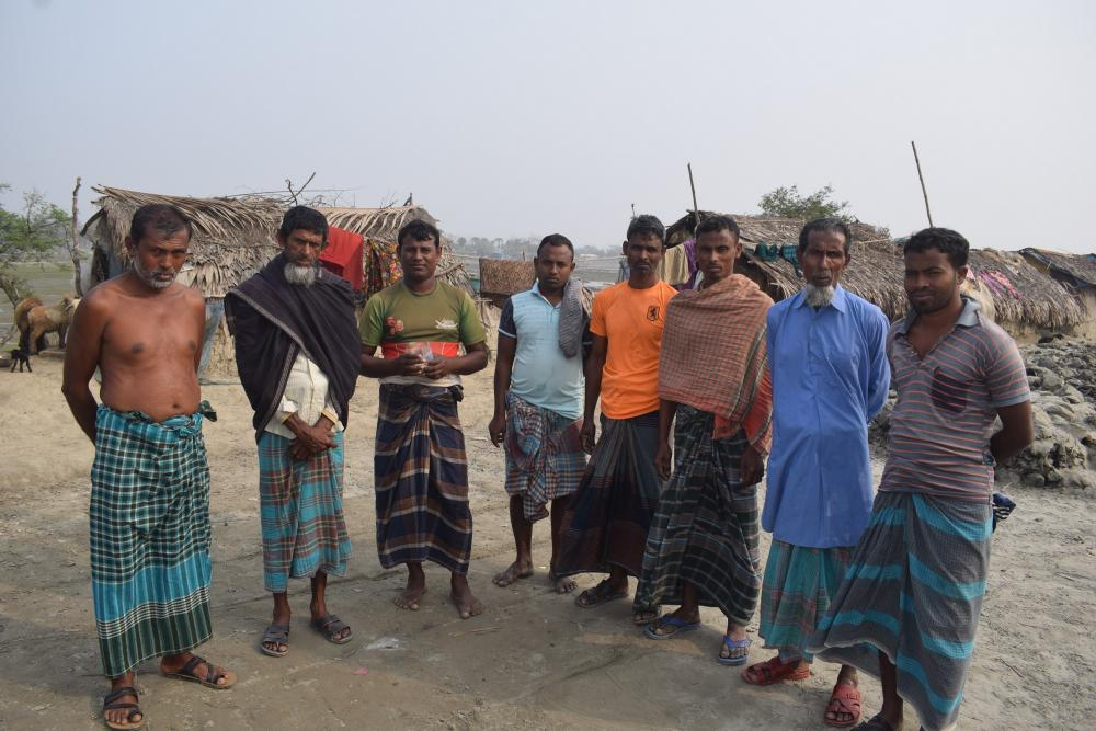 Shrimp and crab farmers in Katmar Char