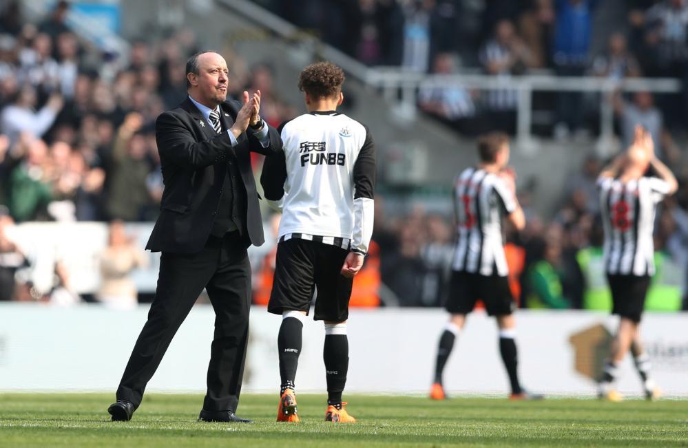 Rafael Benitez celebrates after the match.