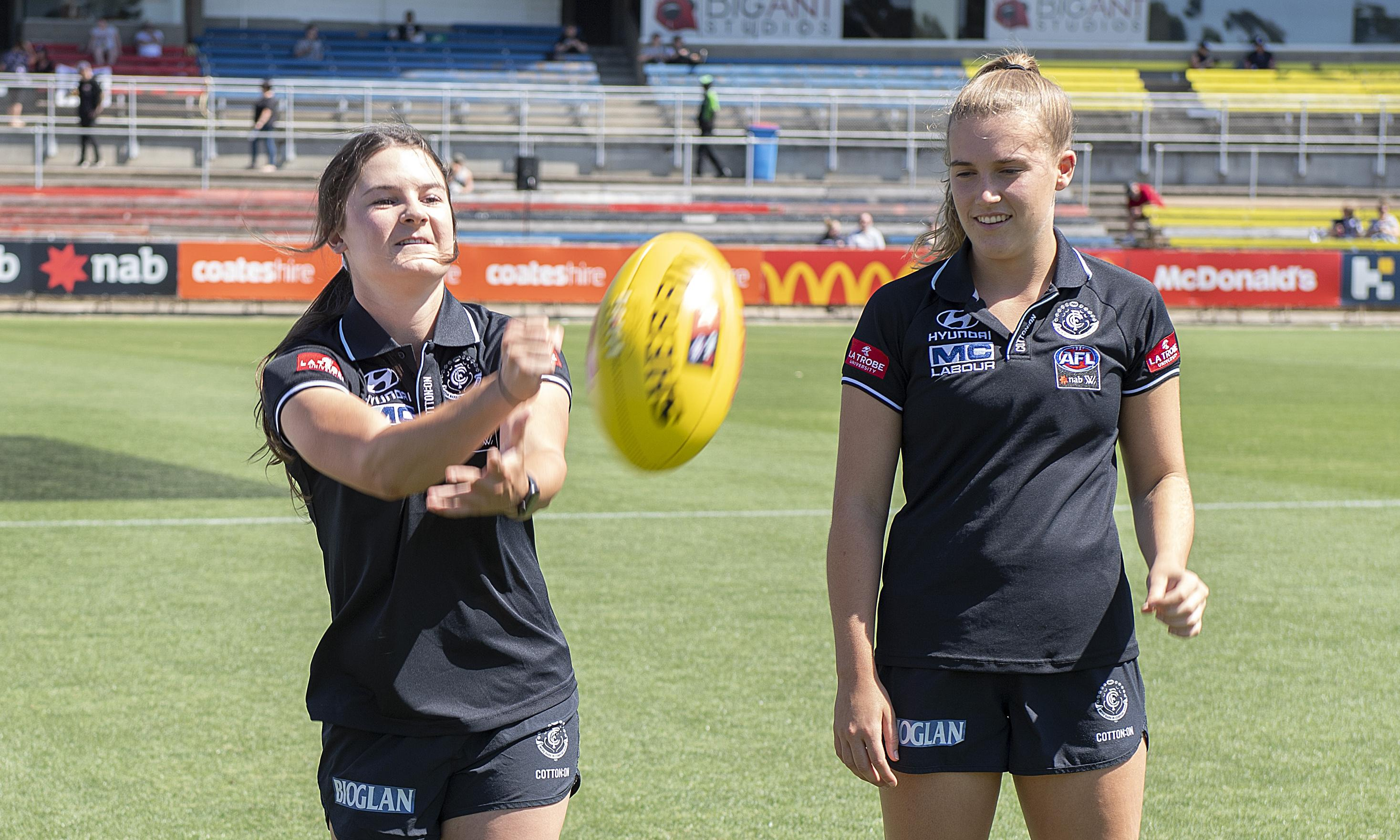 Abbie McKay to debut for Carlton and make AFLW history