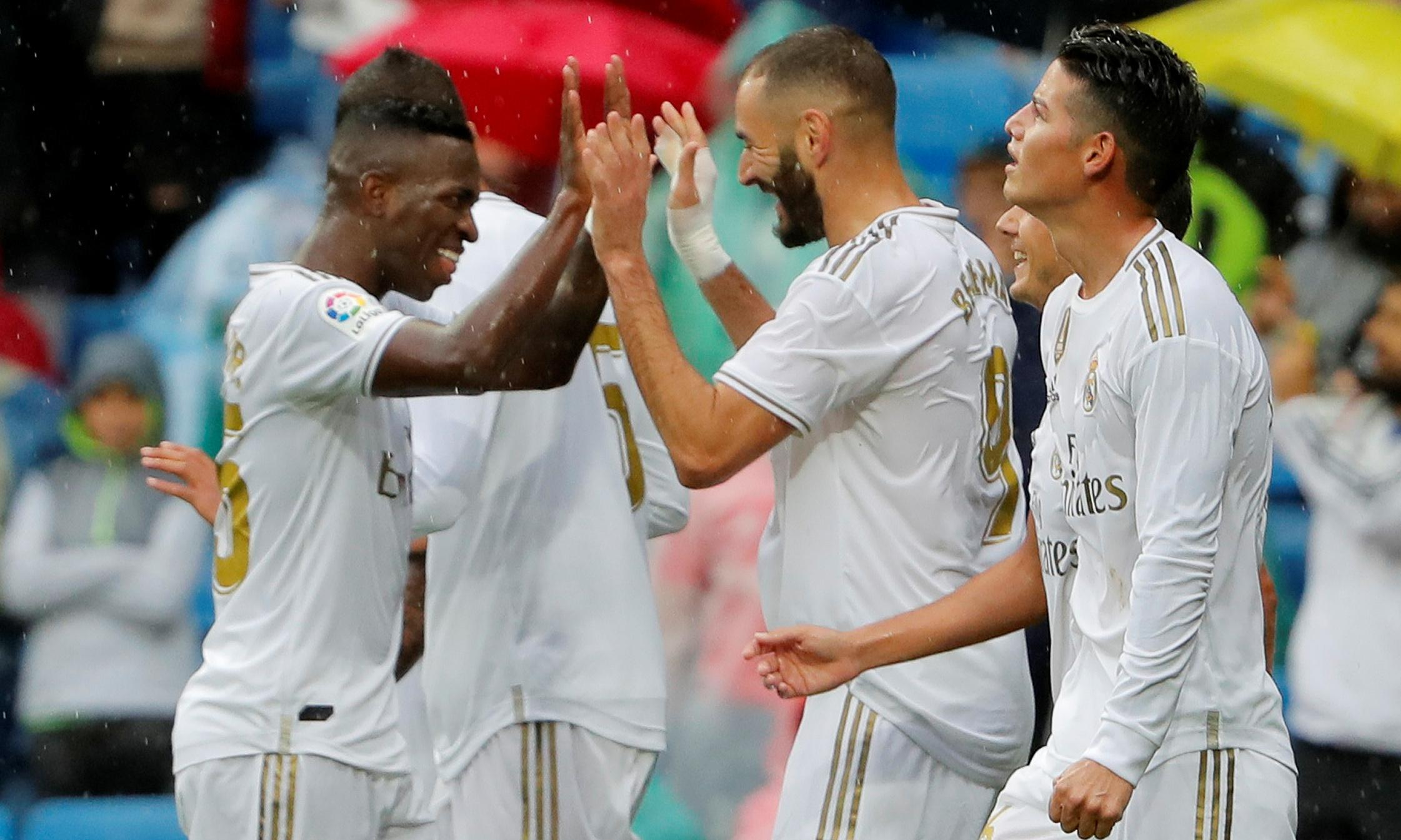 Real Madrid relieved to hold on for nervy win after Levante fightback