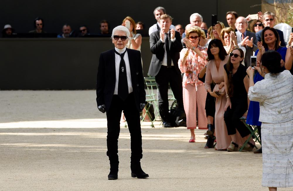 Karl Lagerfeld received a standing ovation on the catwalk Chanel show.