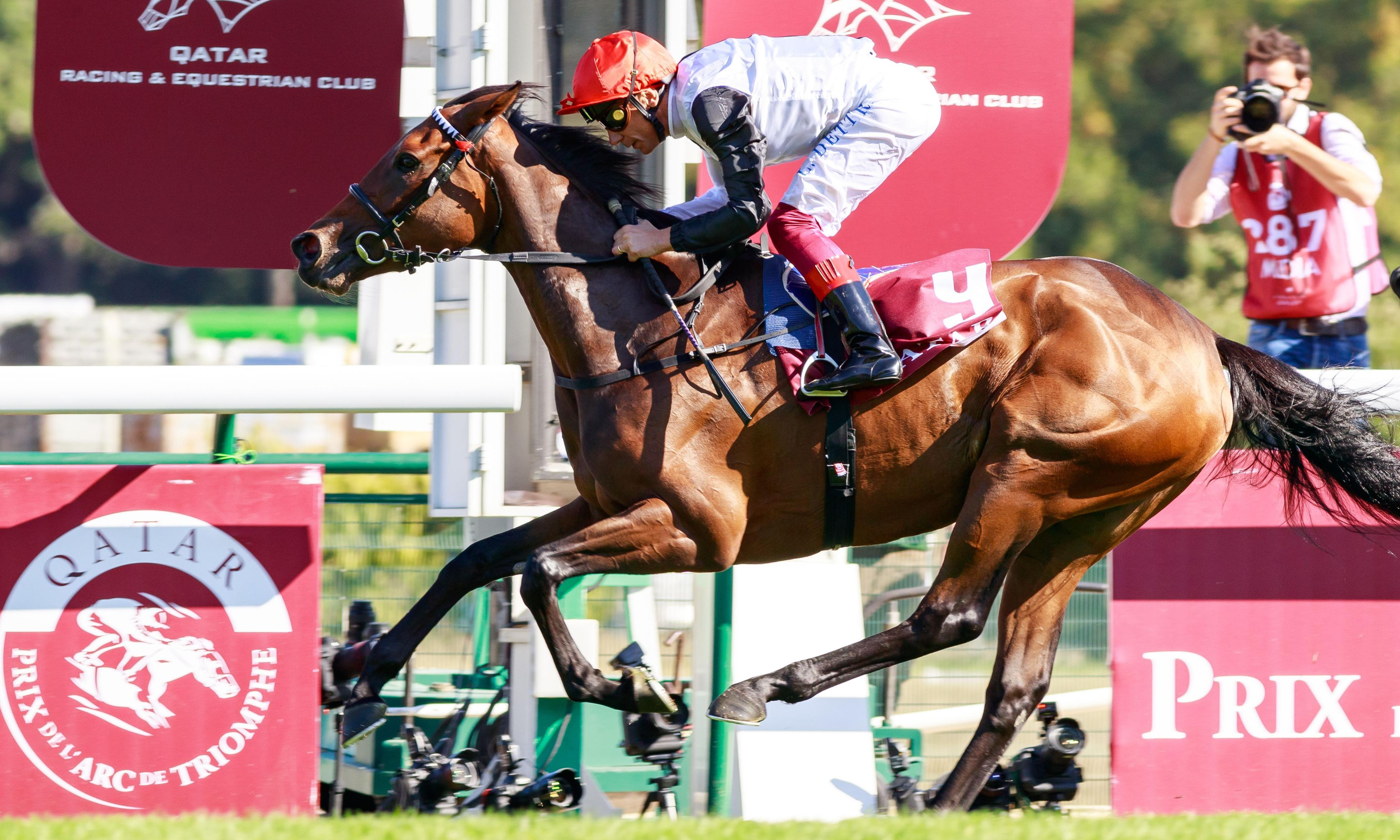 Frankie Dettori at his best as he guides Star Catcher to Prix Vermeille win