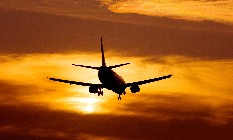 Five ways to minimise jet lag