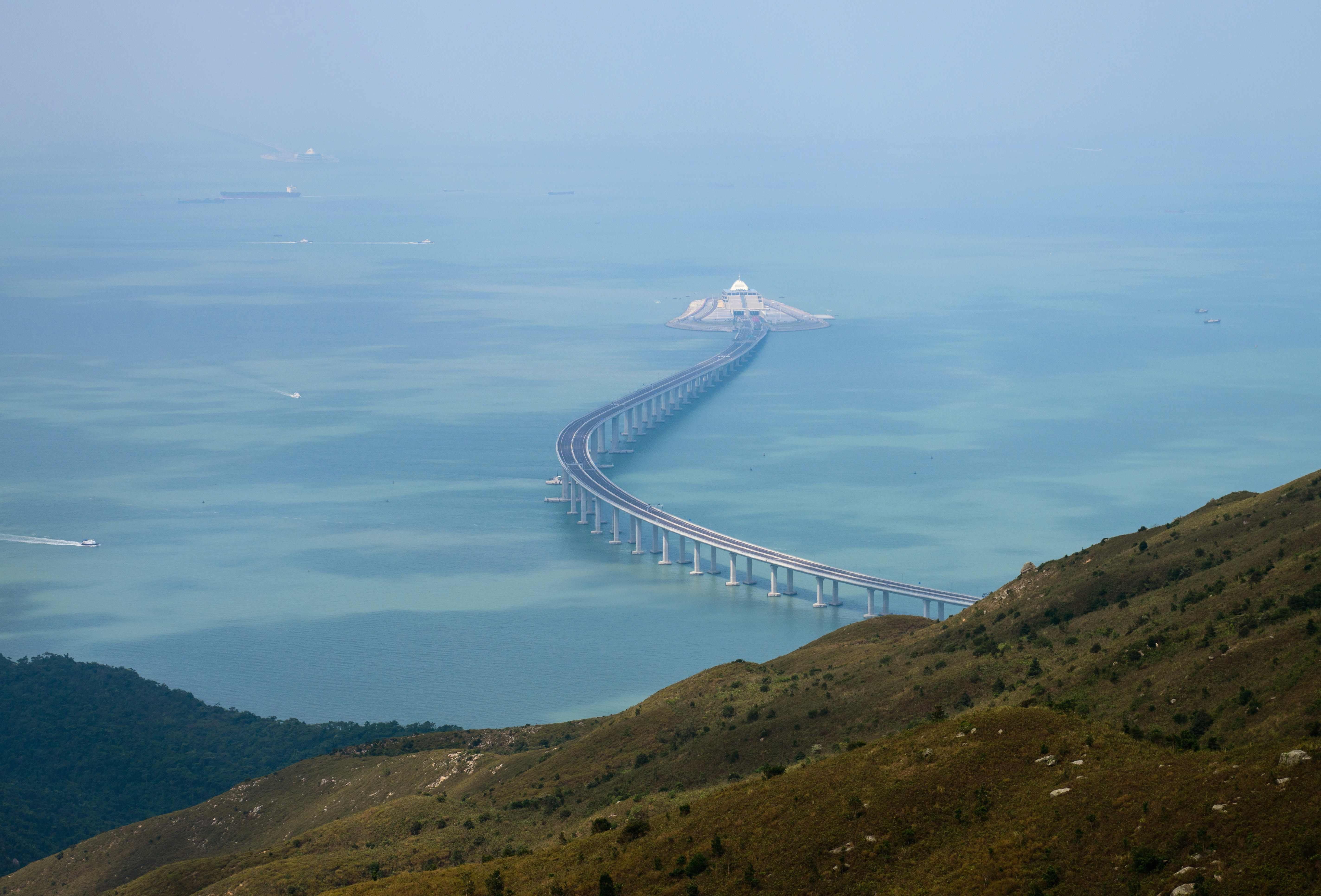 World's longest sea bridge to open ... but only to drivers with a special permit