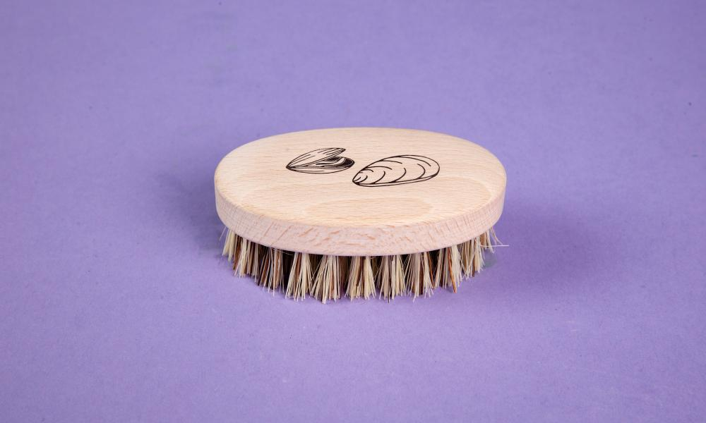 Redecker wooden mussel brush