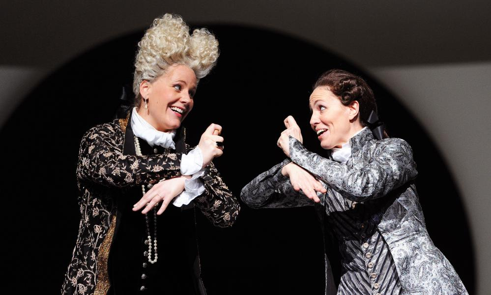 Christianne Stotijn as Tamerlano and Sara Mingardo as Andronico in a 2010 production of Tamerlano at the Royal Opera House.
