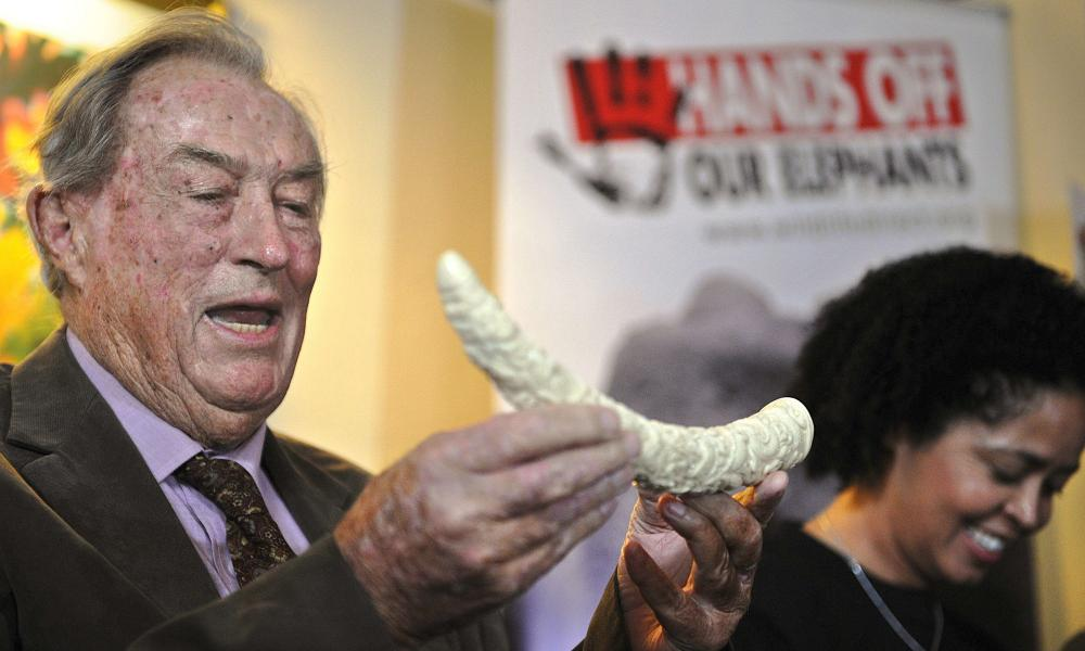 Richard Leakey and CEO of the NGO WildlifeDirect Paula Kahumbu give a press conference organised by WildlifeDirect on March 19, 2014 in Nairobi. Leakey called on the Kenyan President to invoke an emergency response on elephant and rhinoceros poaching.